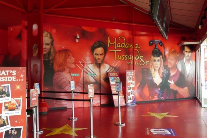 在达令港的悉尼杜莎夫人蜡像馆 (Madame Tussauds Sydney),走上红毯,体验星光璀璨的名人世界。通过栩栩如生的人物和互动体验,领略世界各国领导人、体育明星、一线明星和歌星的风采。