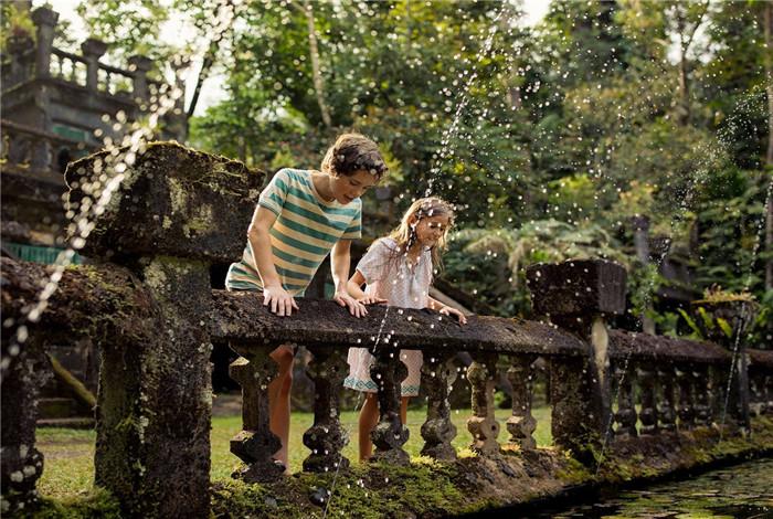 澳大利亚凯恩斯旅游1日包车游·帕罗尼拉公园+百灵湖+米拉米拉瀑布+天空之城