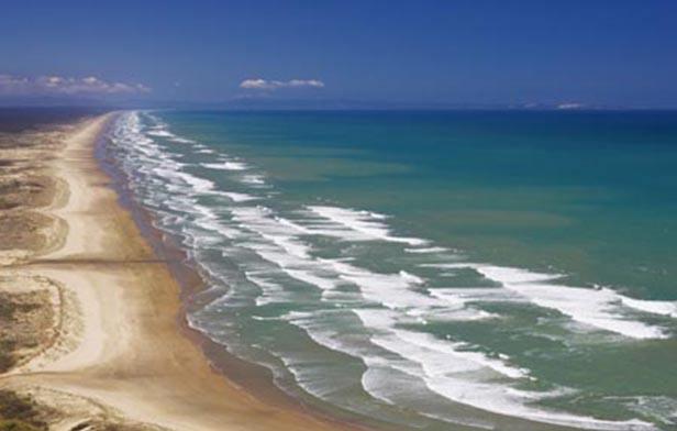北岛探索岛屿湾动感九十里3日游-派西亚+罗素岛九十里海滩+雷旺角灯塔+滑沙+石中洞