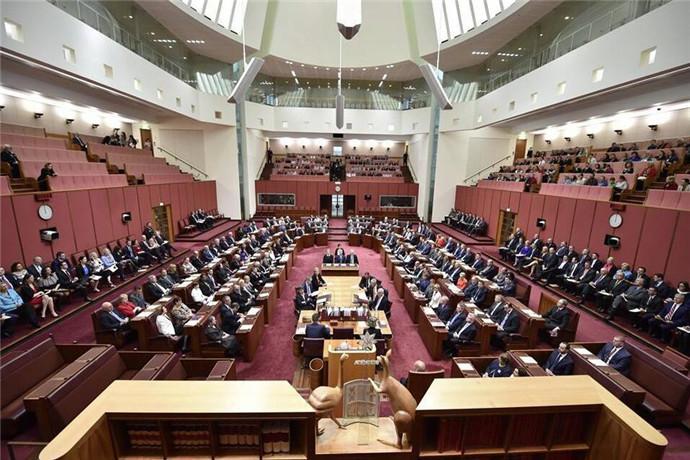 世界上没有几个国会大厦是对外开放的,澳大利亚的国会大厦便是少数之中的一个,所以值得一游