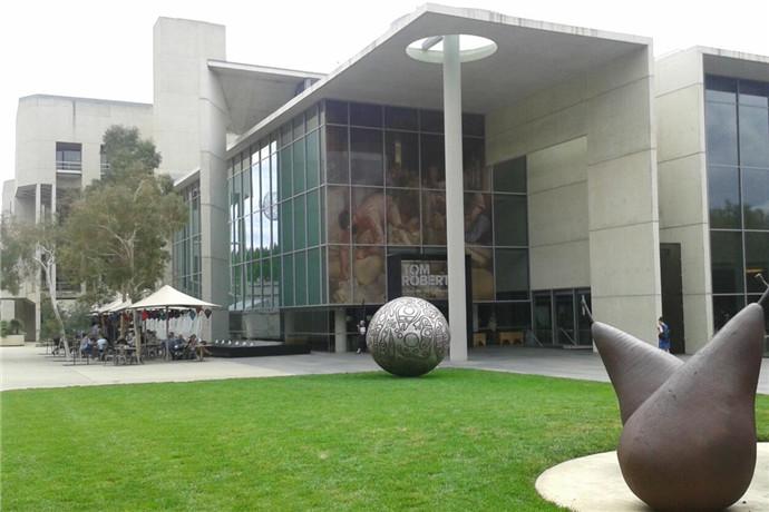 澳大利亚国立美术馆,于1982年在澳大利亚首都-堪培拉正式成立并对外开放。