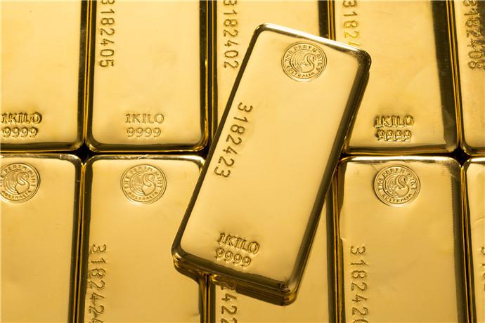 一系列互动展示、历史图片和文物形成了精彩的纯金展品的背景,可从中了解非凡的历史故事。造币厂 1899 年的原厂熔炼房 (Melting House)传统的金水倾倒令人着迷;重达一吨的金币是世界上最大的单枚金币,纯金铸造,价值超过 5000 万澳元,令人惊奇。