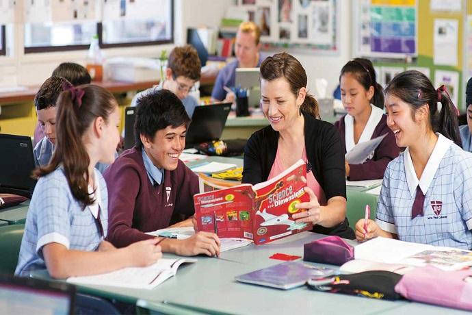 澳大利亚悉尼+墨尔本+堪培拉+布里斯班+黄金海岸14日12晚游高端英语语言学校学习+塔龙加动物园+澳洲首都堪培拉+天堂农庄抱考拉