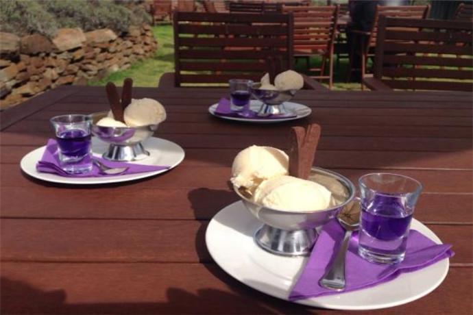 林道薰衣草农场是由1847年移民于此的德国家族经营的,已经成为澳大利亚最受欢迎的农场之一。农场内的90多种薰衣草品种,漫步在紫色的海洋中,仿佛自己也变成了紫色的花朵.