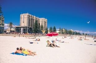 澳大利亚独立包车游-阿德莱德,墨尔本,凯恩斯,悉尼,堪培拉,黄金海岸13日深度游含澳洲首都堪培拉一日游, 阿德莱德袋鼠岛,凯恩斯大堡礁浮潜 ,悉尼歌剧院入内参观