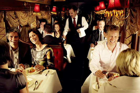 墨尔本殖民电车餐厅 (The Colonial Tramcar Restaurant)