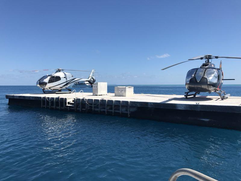 直升机/游船绿岛和诺曼外堡礁(大冒险号)