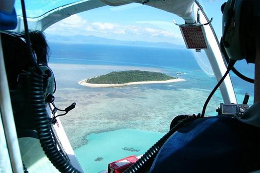 直升机/游船阿金考斯特大堡礁(银梭号)