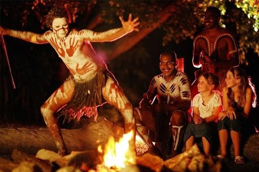 凯恩斯查普凯土著文化园 (Tjapukai Aboriginal Cultural Park)