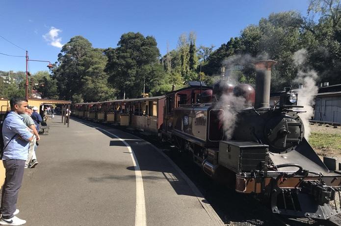 墨尔本普芬比利蒸汽火车(Pufenbili steam training)