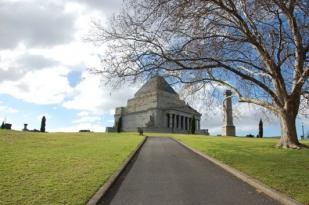 墨尔本三日游-国会大厦,企鹅岛,大洋路(悉尼往返航空团)