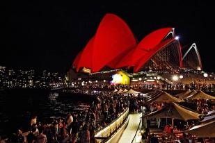 【2020年春节澳洲本地团+全程4钻酒店住宿】 **经典路线:墨尔本-黄金海岸-凯恩斯-悉尼11日游** · 发团日期: 2020年1月23号- 6人起团、仅此一期、余位有限